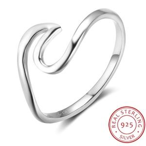 Jewelry - Sterling 925 Silver Wave Ring